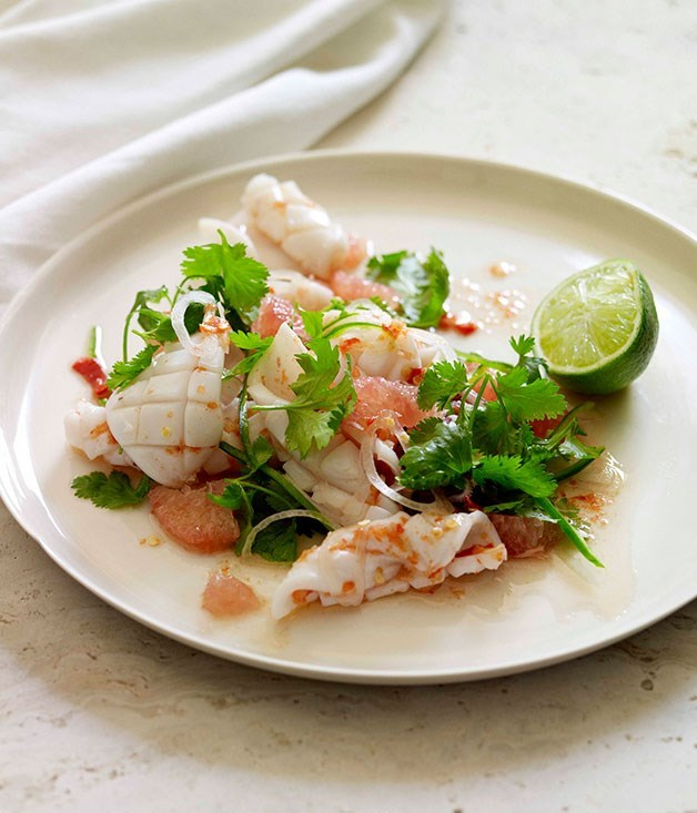 "**[Calamari, pomelo and chilli salad](https://www.gourmettraveller.com.au/recipes/browse-all/calamari-pomelo-and-chilli-salad-14120|target=""_blank"")**"