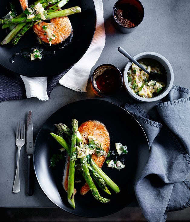 **Grilled salmon chops with asparagus and lemon relish**