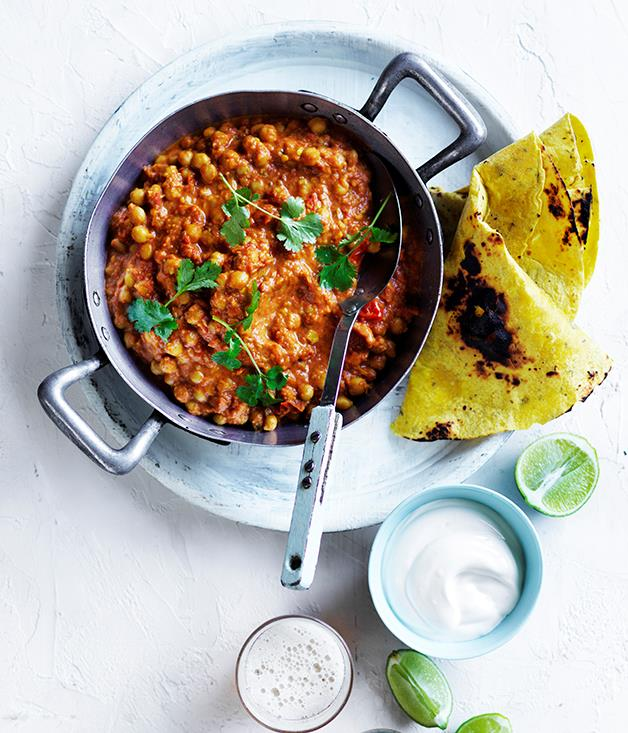 "**[Chana masala with yoghurt and flatbread](https://www.gourmettraveller.com.au/recipes/fast-recipes/chana-masala-with-yoghurt-and-flatbread-13771|target=""_blank"")**"
