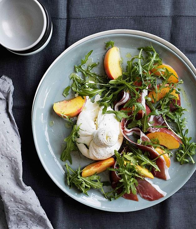 "[**Peaches with burrata, prosciutto crudo and rocket**](https://www.gourmettraveller.com.au/recipes/browse-all/peaches-with-burrata-prosciutto-crudo-and-rocket-10850|target=""_blank"")"