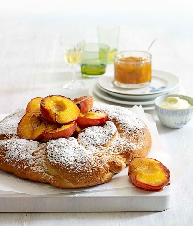 "[**Yeast cake with mascarpone and peach jam**](https://www.gourmettraveller.com.au/recipes/browse-all/yeast-cake-with-mascarpone-and-peach-jam-10001|target=""_blank"")"