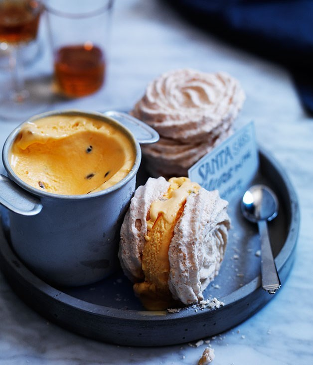 **Toasted coconut meringue sandwiches with passionfruit ice-cream**