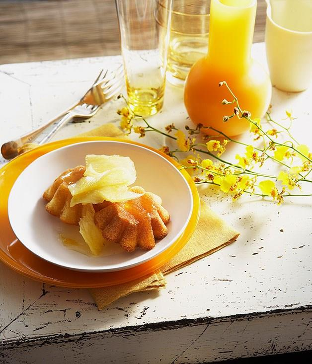 **Pineapple coconut cakes with pineapple syrup**