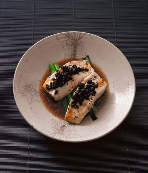 **Steamed blue-eye with black beans**
