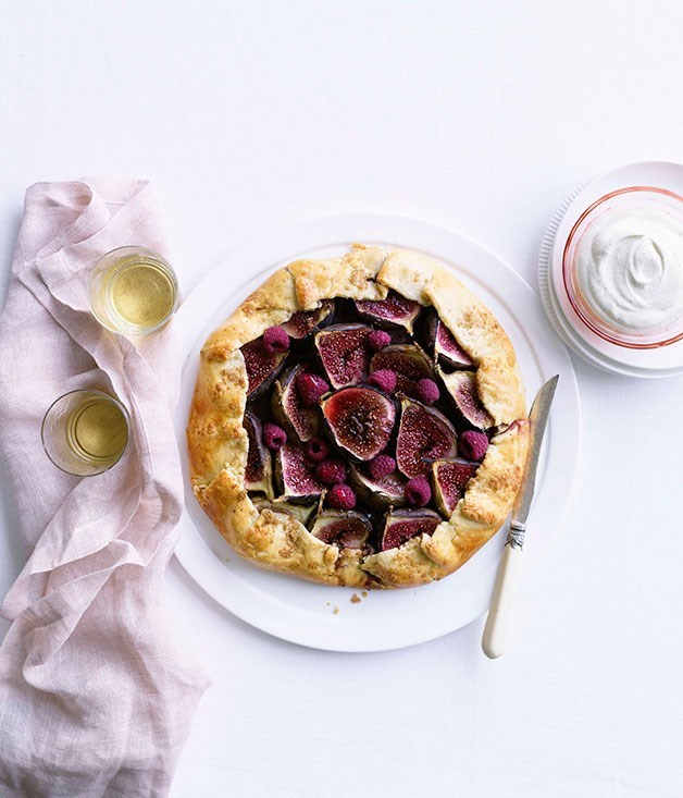 **Fig and raspberry crostata**