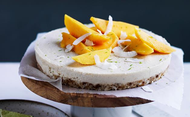 Coconut-macadamia-lime tart with mango