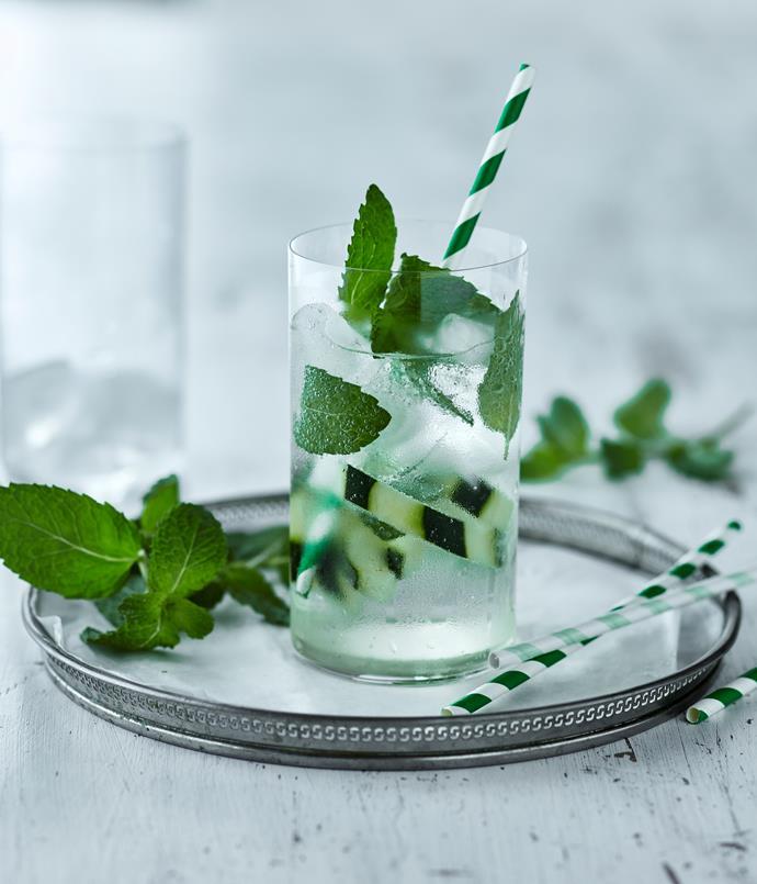 "**[Bennelong's elderflower and cucumber smash](https://www.gourmettraveller.com.au/news/drinks-news/bennelongs-elderflower-and-cucumber-smash-6634|target=""_blank"")**"