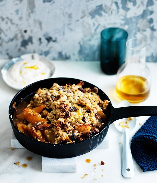 **Maple pear and muesli crumble**