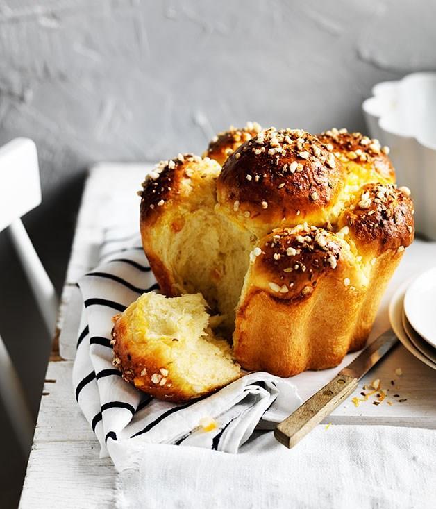 "[**Fennel and orange sugared brioche**](https://www.gourmettraveller.com.au/recipes/browse-all/fennel-and-orange-sugared-brioche-13978|target=""_blank"")"