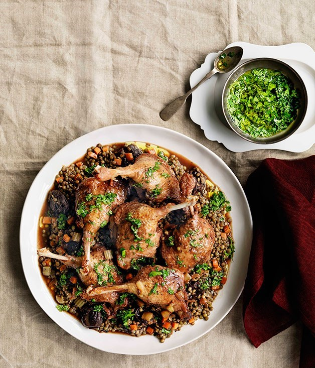 **Duck with red wine, prunes and lentils**