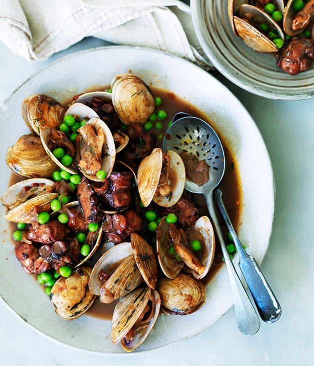 **Octopus braised in red wine with clams and peas**