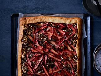 Rhubarb and chocolate tart
