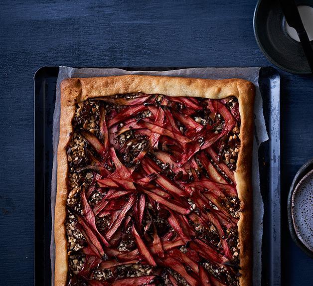 Rhubarb and chocolate tart