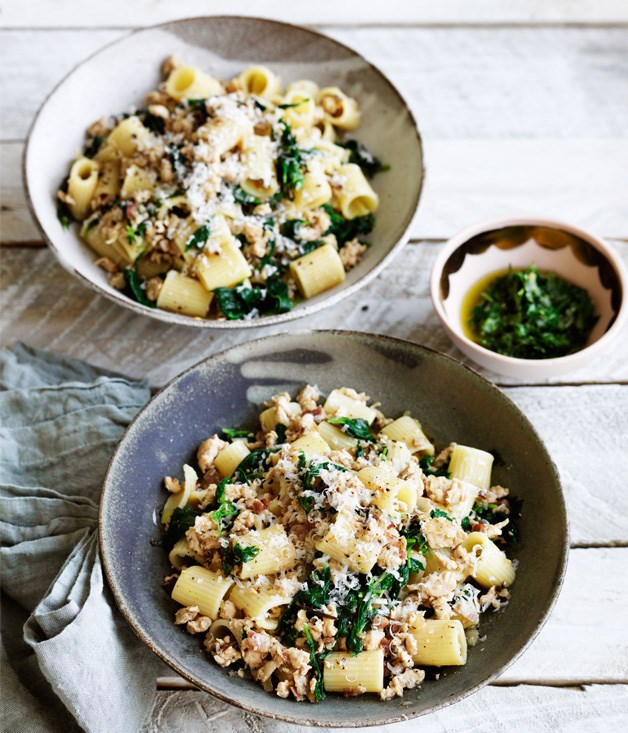 Rigatoni with chicken ragù and green sauce recipe