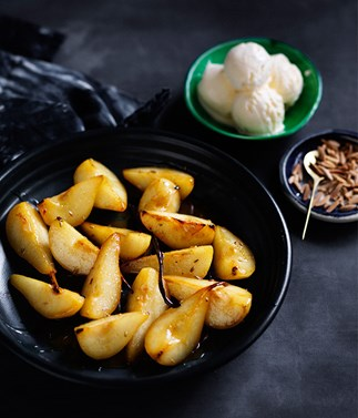 Caramelised pears with honey and fennel seeds recipe