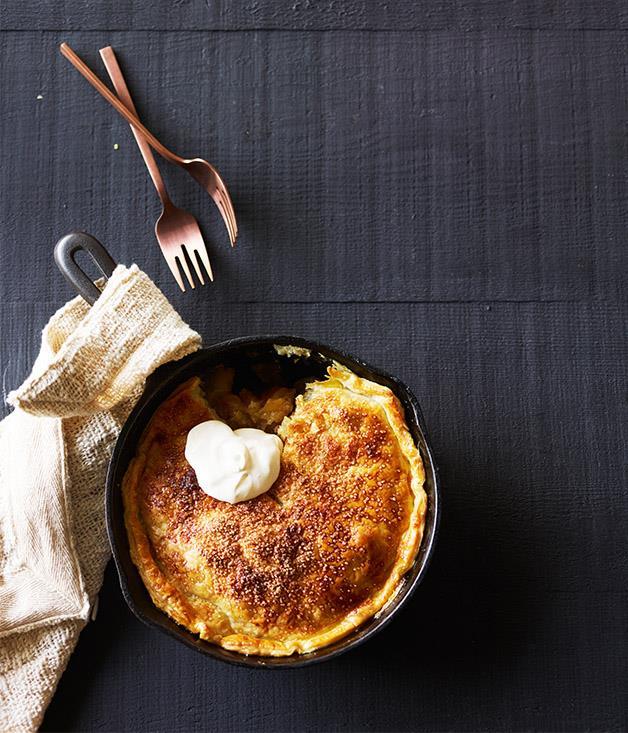 "**[Skillet apple pie](https://www.gourmettraveller.com.au/recipes/browse-all/skillet-apple-pie-12771|target=""_blank"")**"