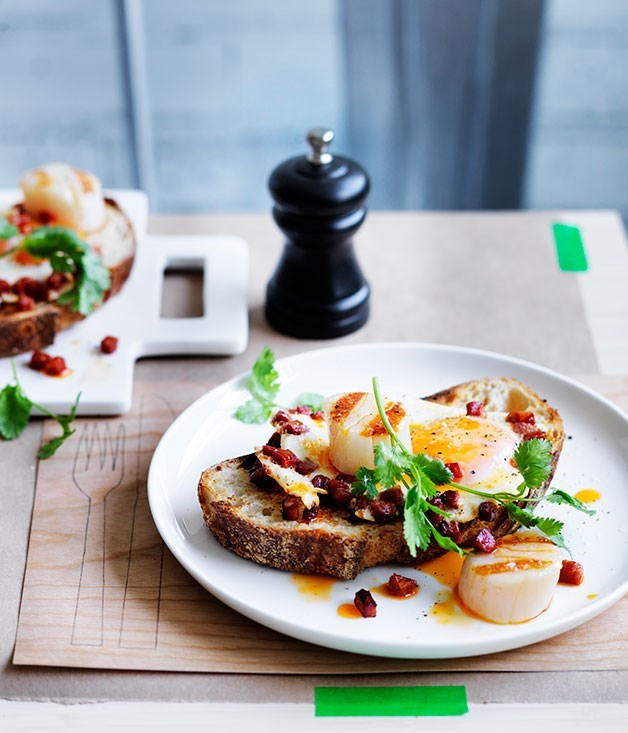 **Scallops, chorizo and fried eggs on toast**