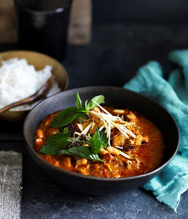 "[**Chiang Mai chicken curry**](https://www.gourmettraveller.com.au/recipes/browse-all/chiang-mai-chicken-curry-12708|target=""_blank"")"