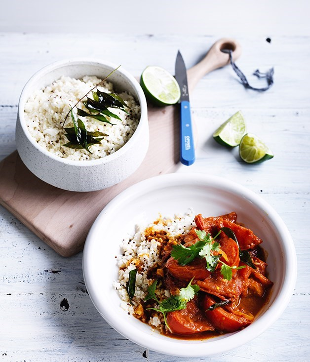 "[**Summer tomato curry with cauliflower rice**](https://www.gourmettraveller.com.au/recipes/fast-recipes/summer-tomato-curry-with-cauliflower-rice-13786|target=""_blank"")"