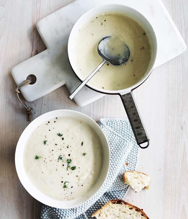 Cauliflower, leek and cheddar soup recipe