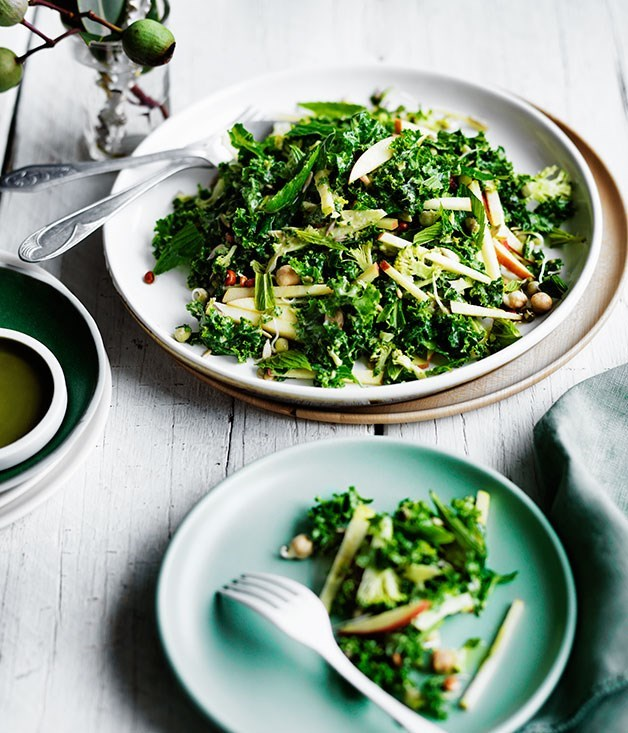 **Winter salad of broccoli, apple and kale with sesame dressing**