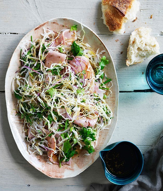 **Shaved cabbage, fennel and ham salad**