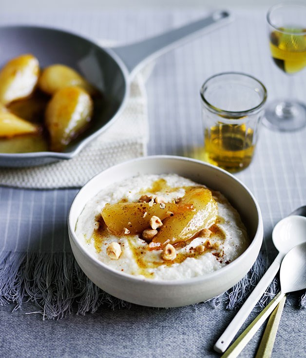 **Semolina pudding with caramel pears**