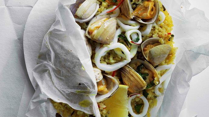 Fragrant seafood and burghul parcels