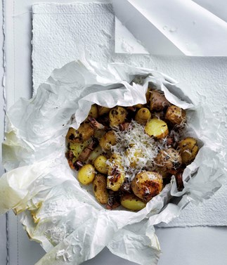 Baby potatoes with butter, mint and pancetta