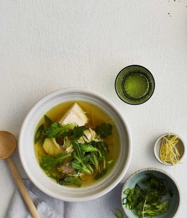 Chicken broth with ginger, turmeric and lemongrass