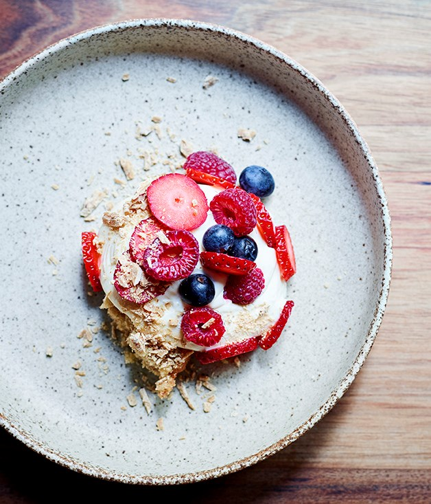"""[Osteria Ilaria's mascarpone mousse, berries and caramelised white chocolate](http://www.gourmettraveller.com.au/recipes/chefs-recipes/mascarpone-mousse-berries-and-caramelised-white-chocolate-8624 target=""""_blank"""")"""