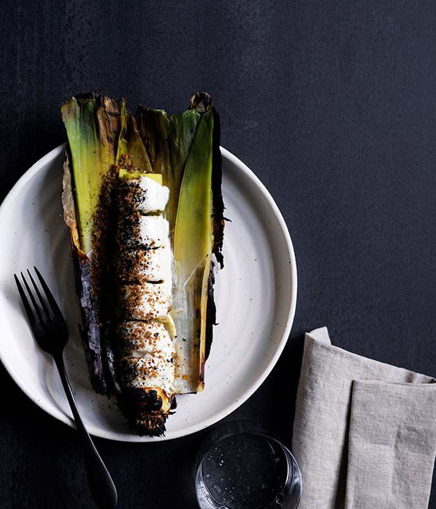 Burnt leeks with sesame seed sauce