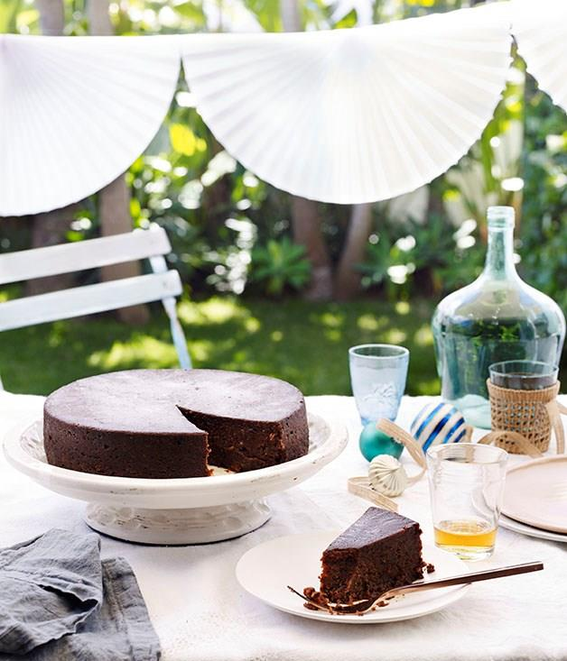 "[**Paul Carmichael's great cake**](https://www.gourmettraveller.com.au/recipes/chefs-recipes/paul-carmichaels-great-cake-8512|target=""_blank"")<br><br> ""Great cake, also known in Barbados as black cake or rum cake, is a variation of British Christmas cake that's smashed with rum and falernum syrup,"" says Momofuku Seiobo chef Paul Carmichael. ""This festive cake varies from household to household but they all have two things in common: tons of dried fruit and rum."""