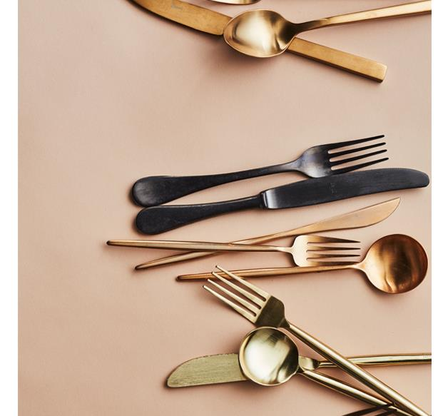 Metallic cutlery