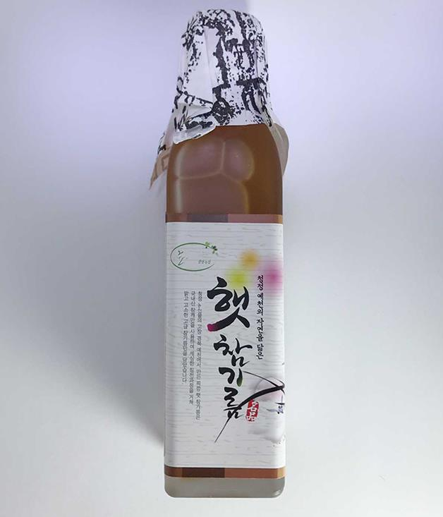 **Table 181 white sesame oil** Paul and Idylle Lee's [new showroom](http://www.gourmettraveller.com.au/recipes/food-news-features/2017/10/artisanal-korean-ingredients-at-table-181/) for their top-shelf kitchen goodies imported from Korea is one of Sydney's best-kept culinary secrets. If you can't make the trip to Banksmeadow before Christmas to have a look around, get your taste from our pop-up - this single-origin white sesame oil is good enough for the Sorry, the Thanks and the I Love You all at once, so I'll be buying it for everyone I know.  Pat Nourse, managing editor  _$55; [sorrythanksiloveyou.com/table181-sesame](http://sorrythanksiloveyou.com/table181-sesame)_