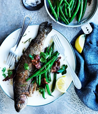 Rainbow trout with almonds, bacon and green beans