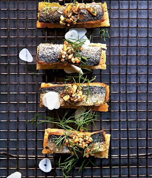 **Sardines on toast with sweet onion and pine nut tarator**