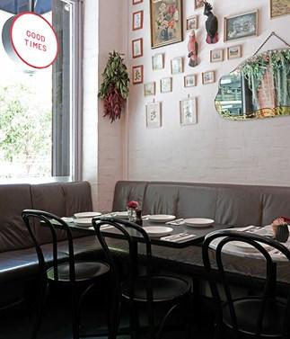 Bar Lourinhã transforms into a Greek taverna for one night only
