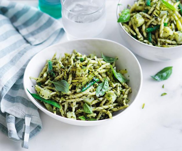 """**[Trofie with potatoes, beans and pistachio pesto](https://www.gourmettraveller.com.au/recipes/fast-recipes/trofie-with-potatoes-beans-and-pistachio-pesto-13856