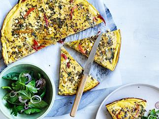 Piperade frittata with shallot and herb salad