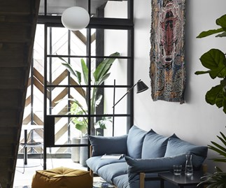 A tour of Paramount House Hotel in Surry Hills.