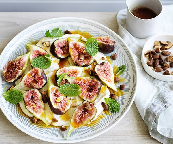 Figs with whipped ricotta, orange and mint