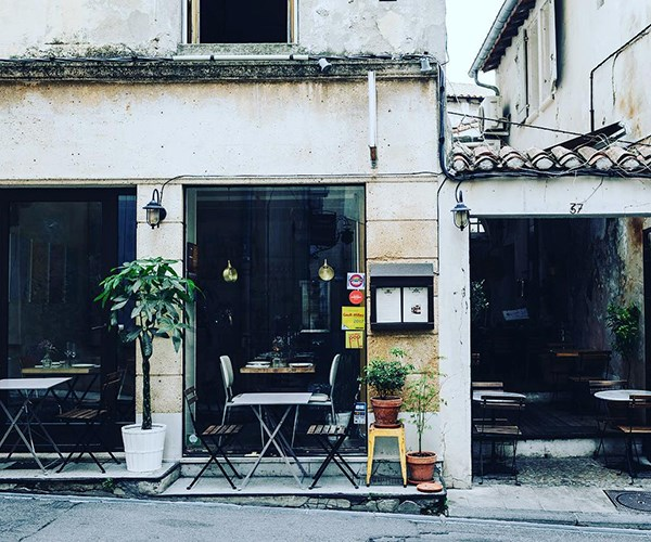 Chardon, Arles France