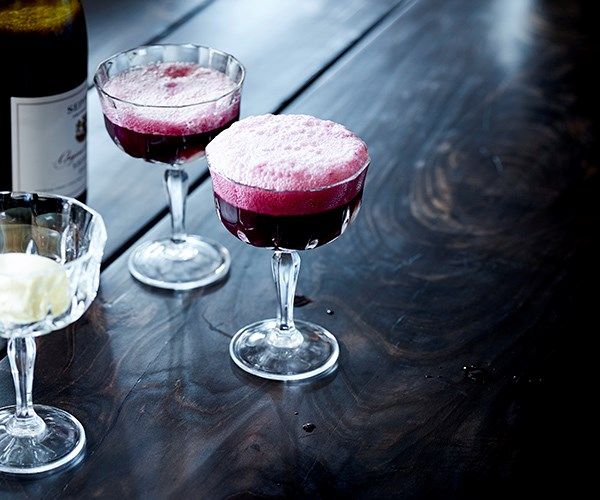 "[Sparkling shiraz and vanilla ice-cream spider](http://www.gourmettraveller.com.au/recipes/chefs-recipes/sparkling-shiraz-and-vanilla-ice-cream-spider-15624|target=""_blank"")"