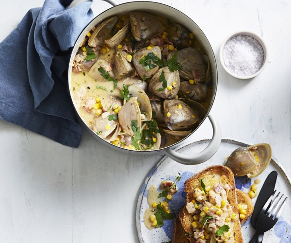 Clams with bacon and corn