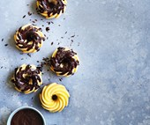 Mini white chocolate bundts with bitter chocolate glaze