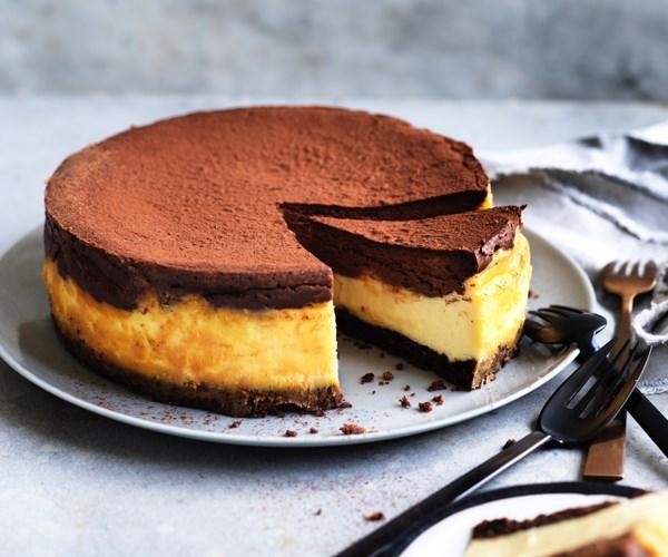 Black and white cheesecake