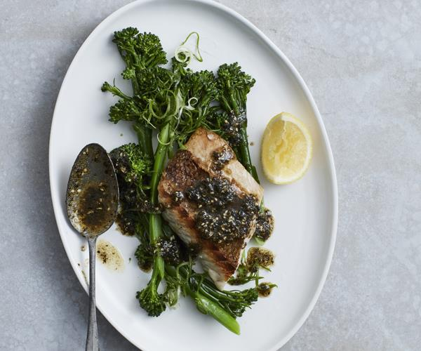 "**[Snapper with broccolini and nori-miso butter](http://www.gourmettraveller.com.au/recipes/fast-recipes/snapper-with-broccolini-and-nori-miso-butter-16070|target=""_blank"")**"