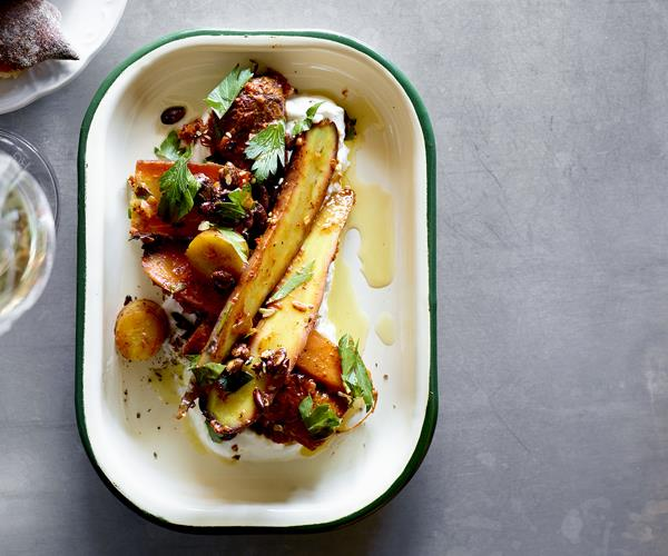 """**[Roasted carrot salad, pepper sauce, olive oil and curd](https://www.gourmettraveller.com.au/recipes/chefs-recipes/roasted-carrot-salad-pepper-sauce-olive-oil-and-curd-16082 target=""""_blank"""")**"""