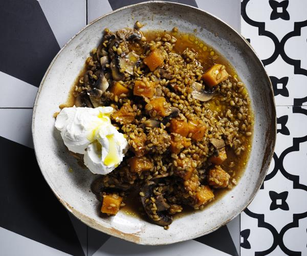 "**[Freekeh with pumpkin and mushrooms](https://www.gourmettraveller.com.au/recipes/browse-all/freekeh-with-pumpkin-and-mushrooms-16267|target=""_blank"")**"